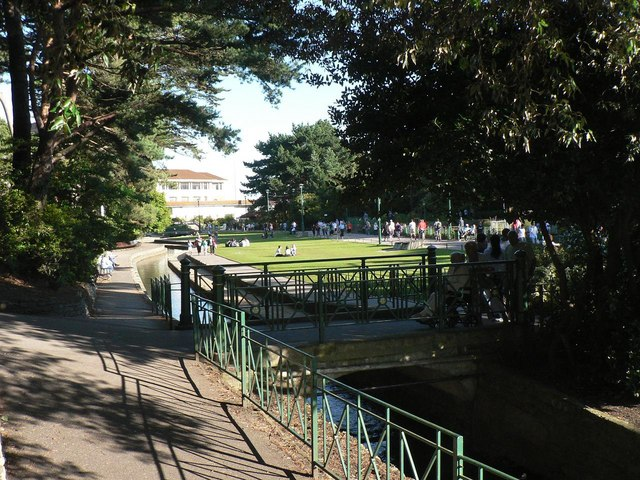 Bournemouth: downstream in the Lower Gardens