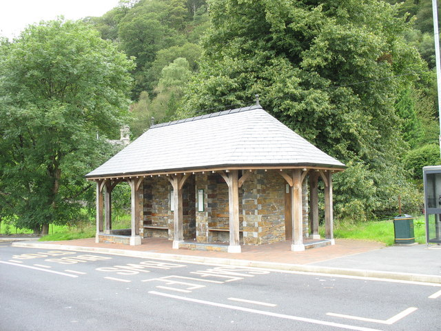 Bus shelter and toilets at the Tan y bwlch Interchange
