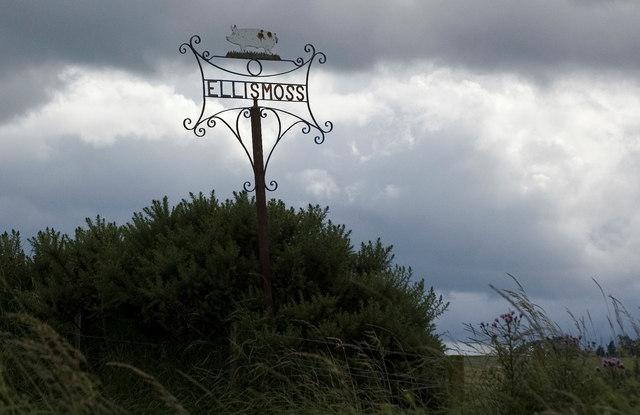 Ellismoss Farm sign
