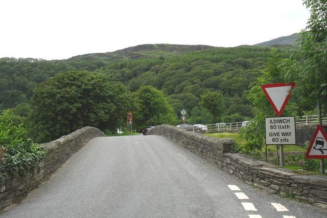 The old Pont Maentwrog bridge