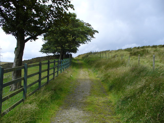 Old track leading up towards Compston's Cross