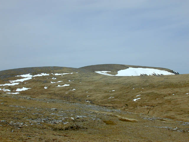 Southern approach to the summit of Am Faochagach