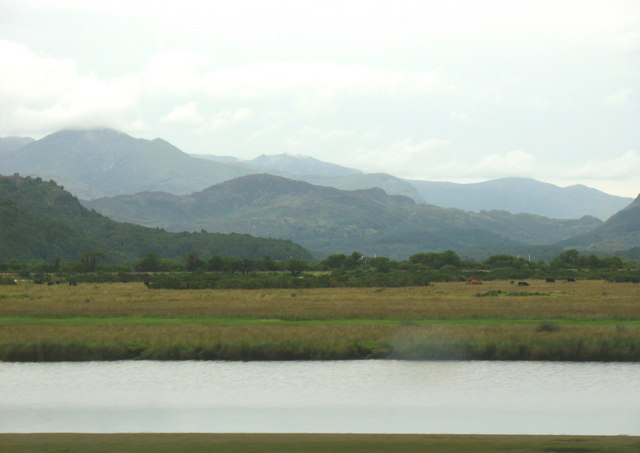 Moryd y Glaslyn.  Glaslyn Estuary