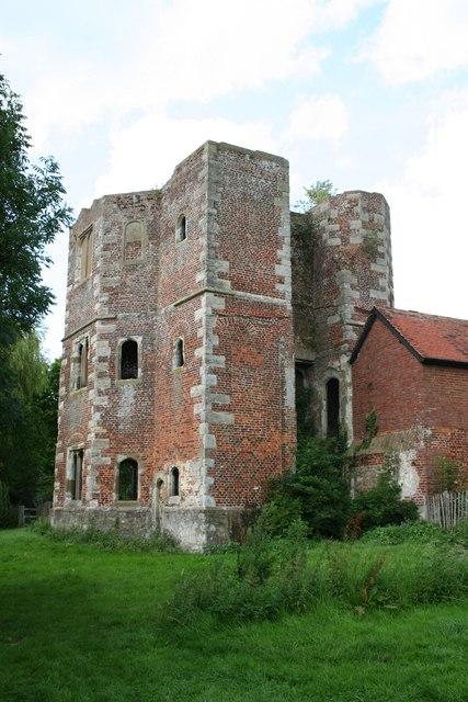 Archbishop's Palace ruins