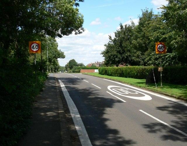 Cambridge Road towards Whetstone