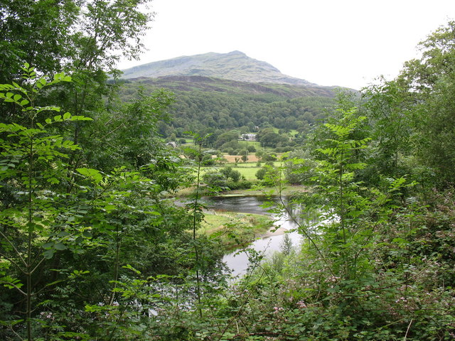 A Dwyryd meander with Moelwyn Bach in the background