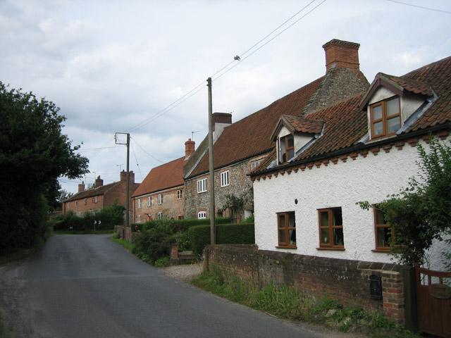Suffield village street