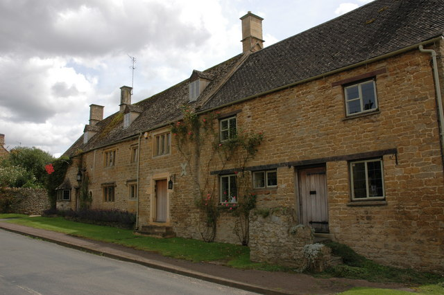 The Old Red Lion House, Cherington