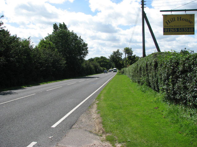 Approach to Roughton on A140