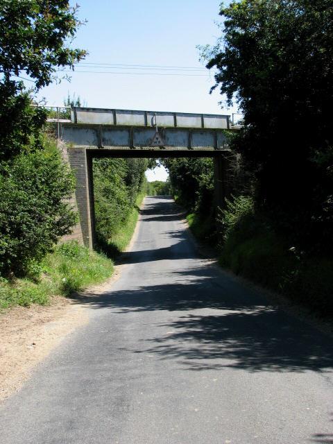 Railway bridge across New Road
