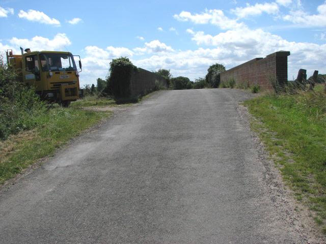 Bridge across railway tracks