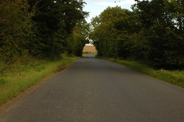 Country road near Milltown of Ythsie