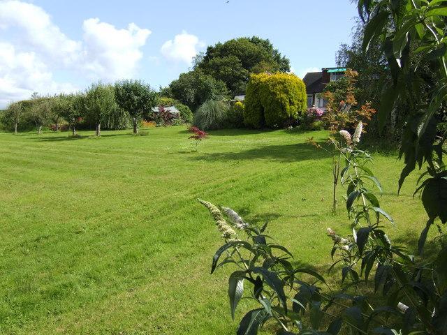 Large garden near Upper Crundelend Farm