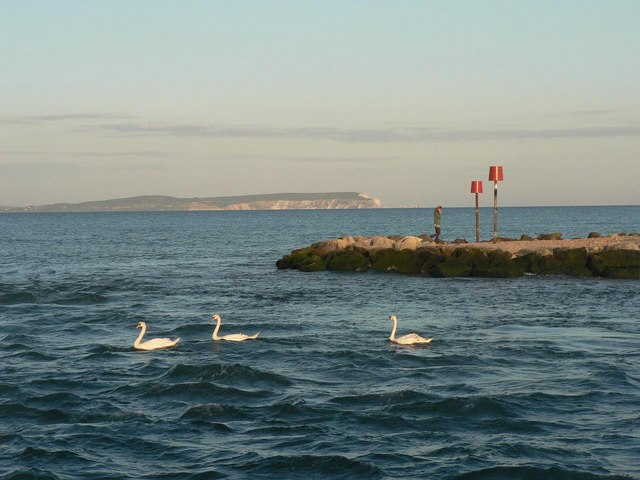 Mudeford: looking across to the tip of the Spit