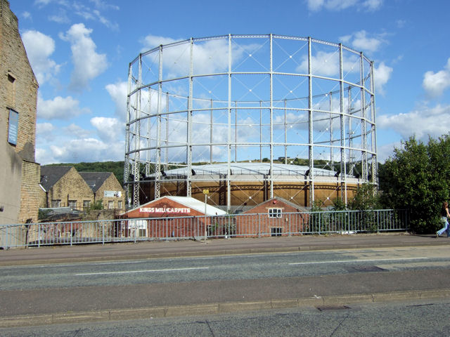 Gas holder, Gasworks Street (near Leeds Road)