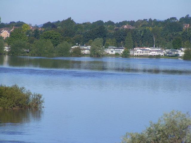 Flooding near Twyning