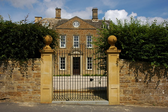 Entrance gates to Whichford House