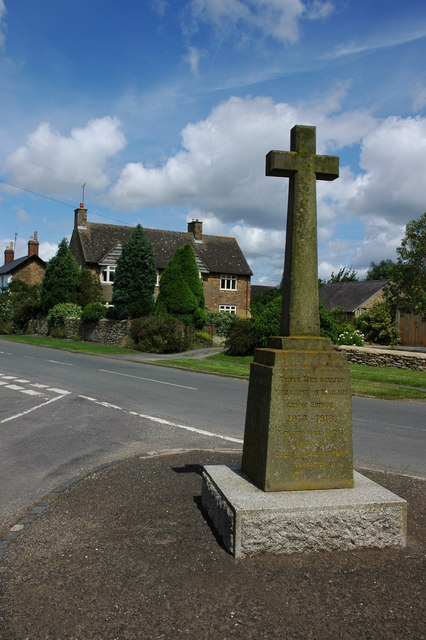War Memorial, Whichford