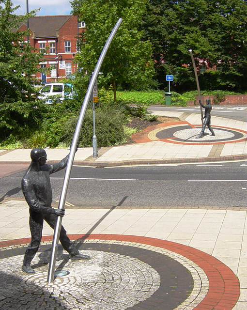 L'Arc - sculpture by David A. Annand