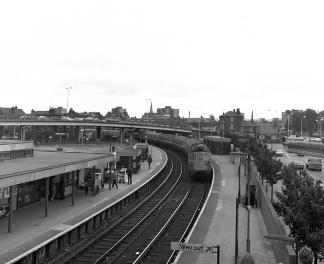 Poole station
