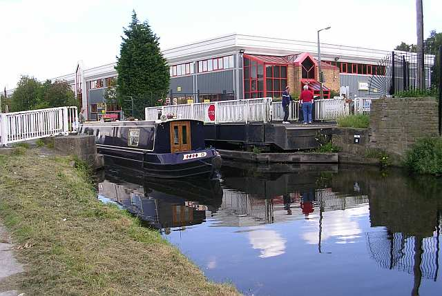 Canal Boat - Swing Bridge - Leeds and Liverpool Canal at Shipley