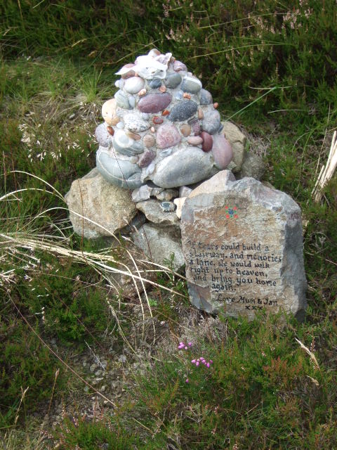 A new mini-cairn by Cairn o'Mount