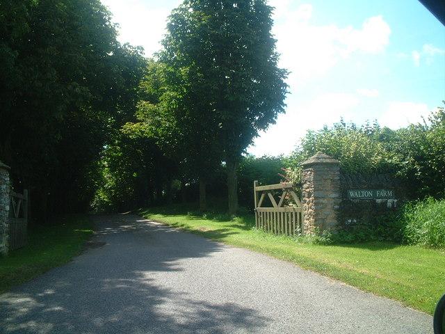 Entrance to Walton Farm