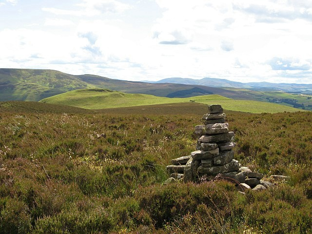 Cairn on Mid Hill