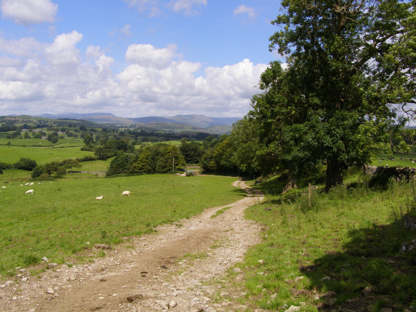 Footpath to Cunswick Hall