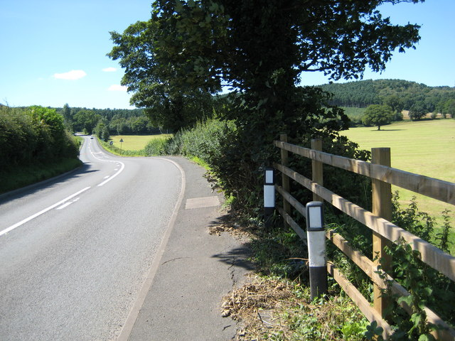 The A53 looking West after Baldwins Gate