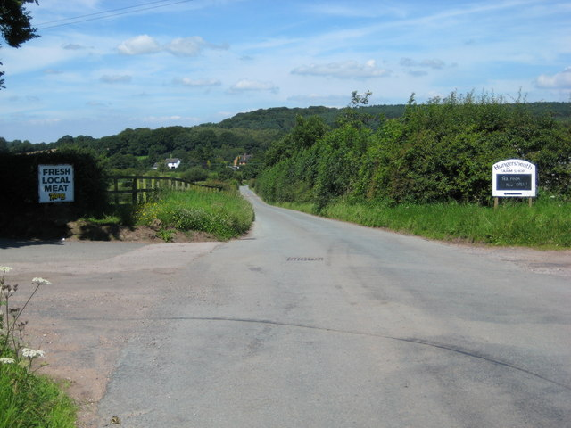 Crossroads outside Hungersheath Farm
