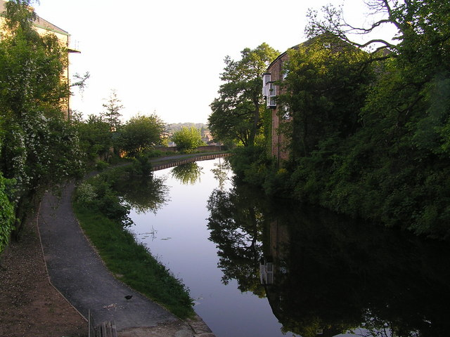 Lancaster Canal from Moor Lane bridge looking North