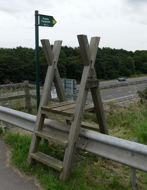 Public Footpath next to the M1