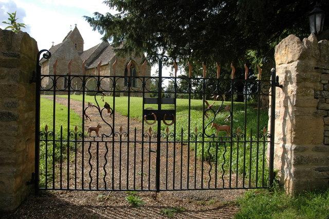 Church gates, Barton-on-the-Heath