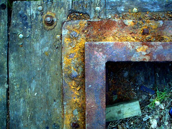 Old Lock Gate detail