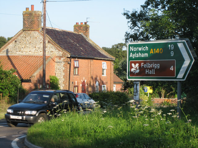 Cottages  near A140 - A149 junction
