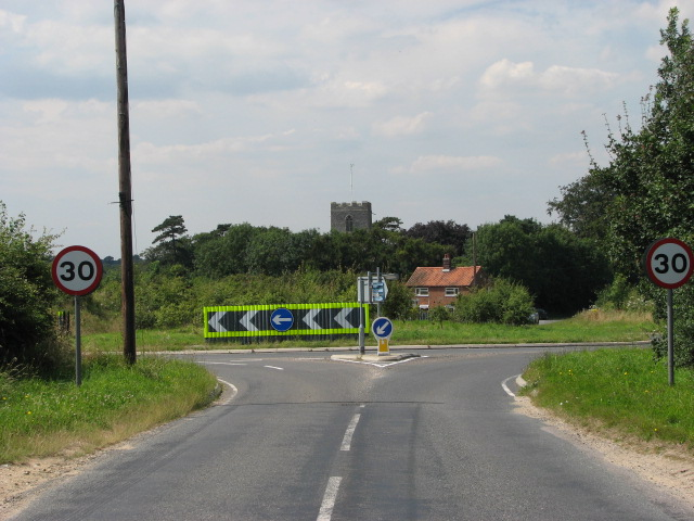 Approach to Saxthorpe