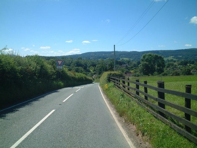 Downhill to Neenton