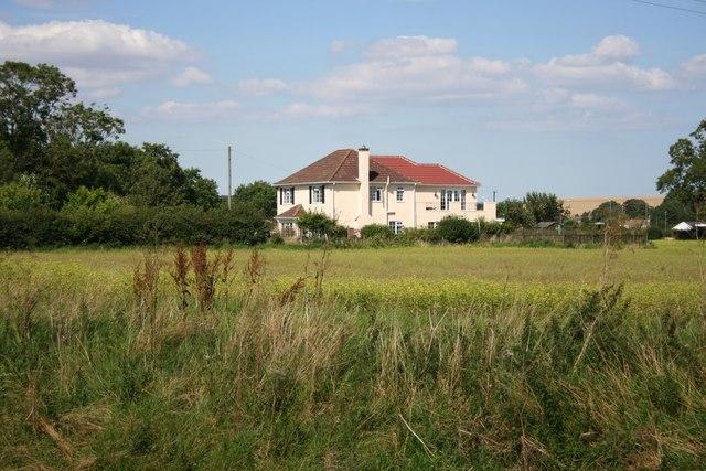 House near Mill Farm