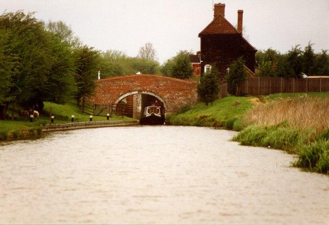 Bridge 194 & Somerton Deep lock Oxford Canal