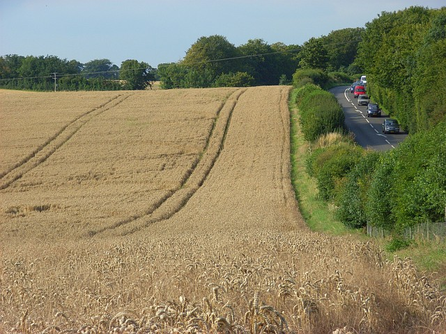 Farmland and the A345 near Old Sarum