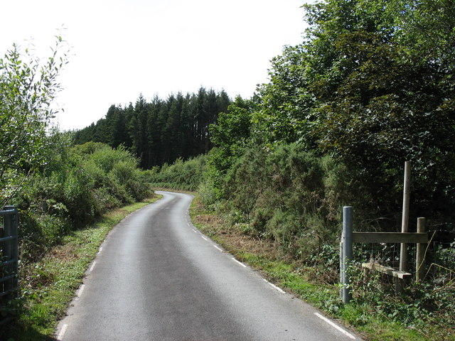 Road linking the Trawsfynydd NP station with the dam of the Maentwrog HEP station