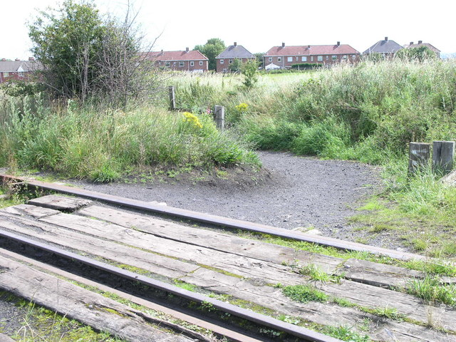 Track to Springwell Village.