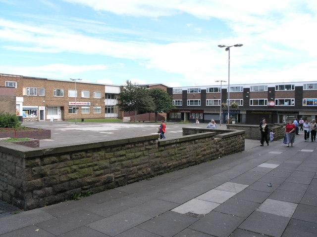 Fewster Square, Leam Lane Est.