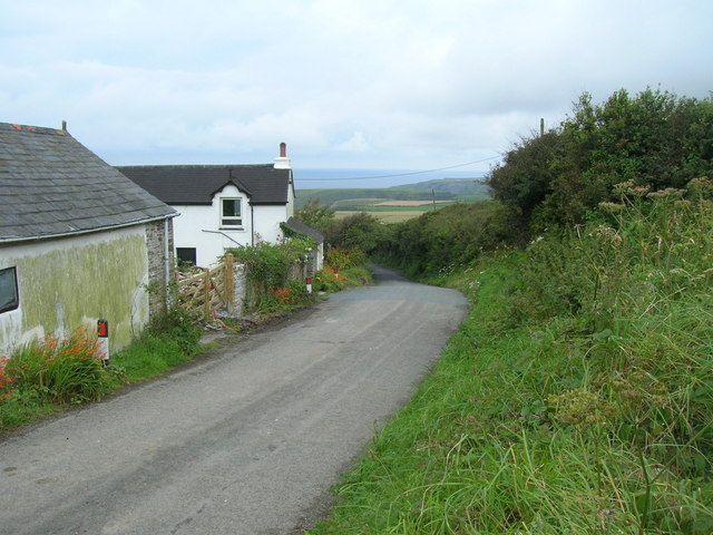 House and road above Treligga
