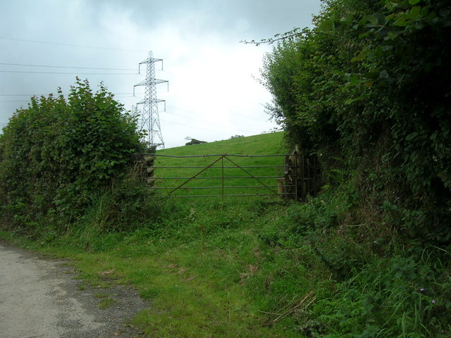 Pylon north of St Teath