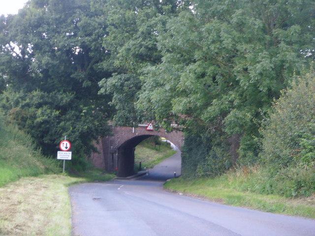 Railway bridge at Walcot