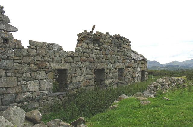 The ruined farmstead of Ty Newydd