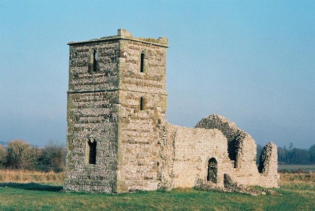Knowlton: the church in the henge