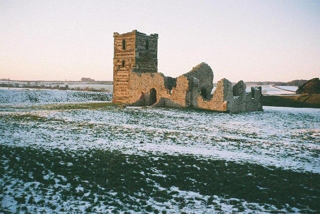 Knowlton church: in snow